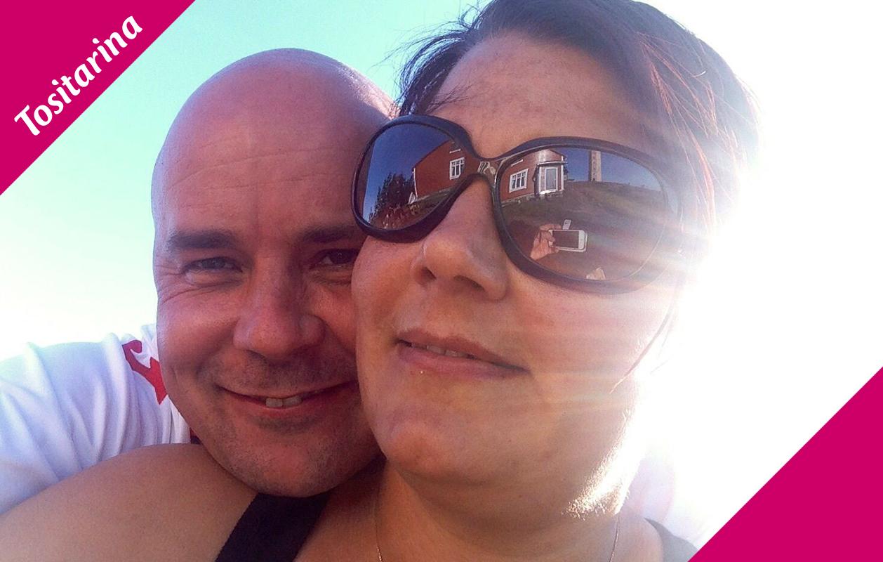 Matti ja Katja tapasivat E-kontakti.fissä vuonna 2013. Nyt pari asuu yhteistä taloa ja menee naimisiin vuoden 2015 lopulla.