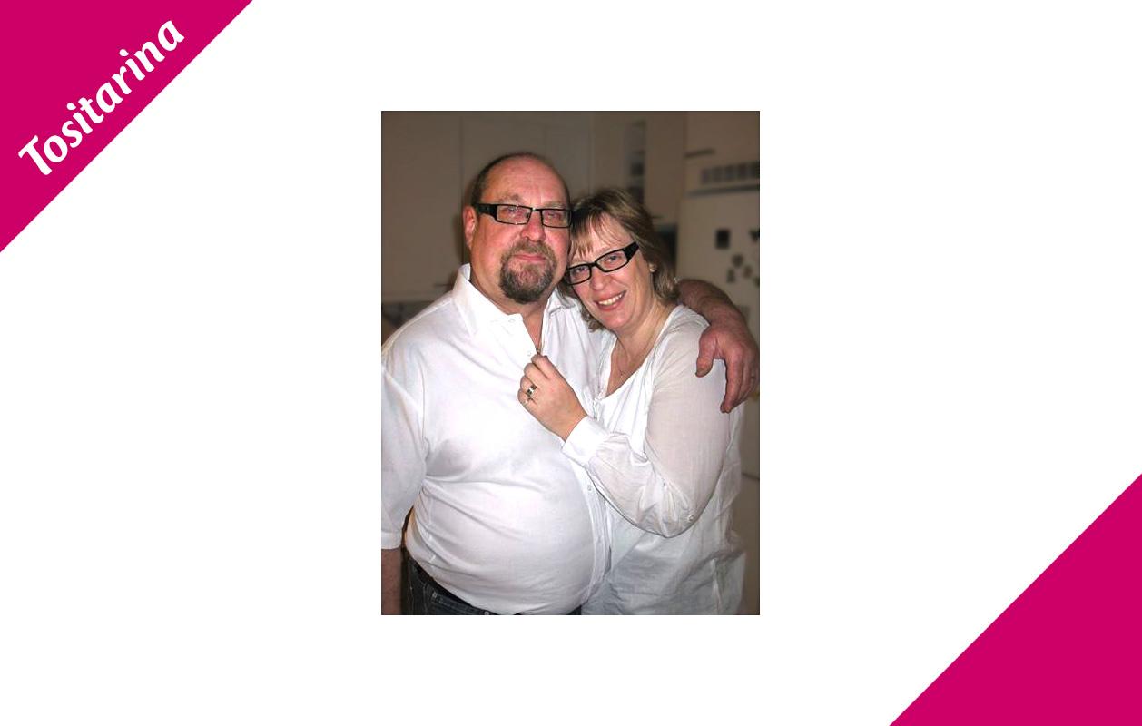 Tiinan ja Jukka-Pekan rakkaus alkoi vauhdikkaasti ja häitä vietettiinkin jo vuoden kuluttua ensitapaamisesta!